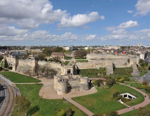 Pueblos medievales de Francia – Qué ver en Caen